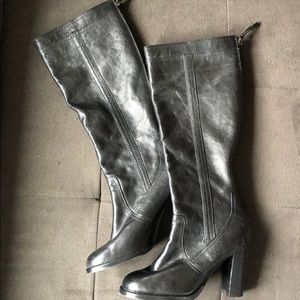 Adrienne Vittadin black leather boots